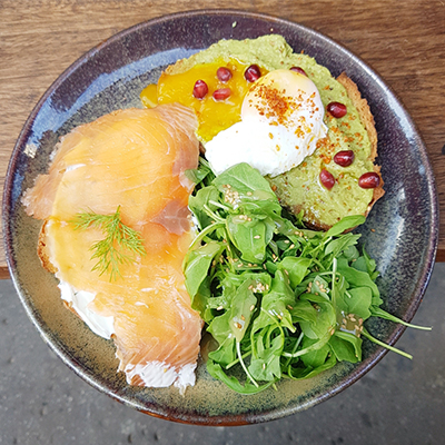 L'avocado toast et le salmon toast de Braun Notes