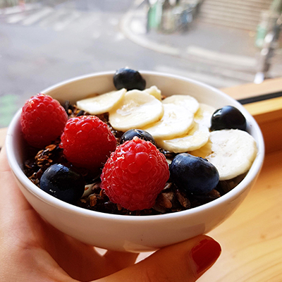 Le granola aux fruits frais de Caoua