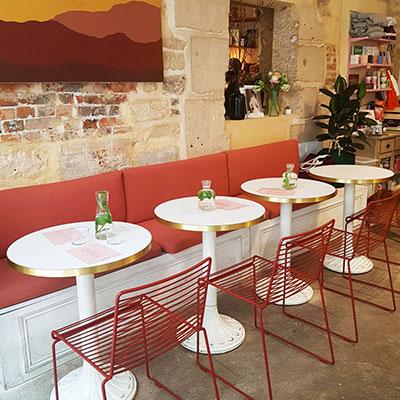 L'ambiance féminin de Café Berry