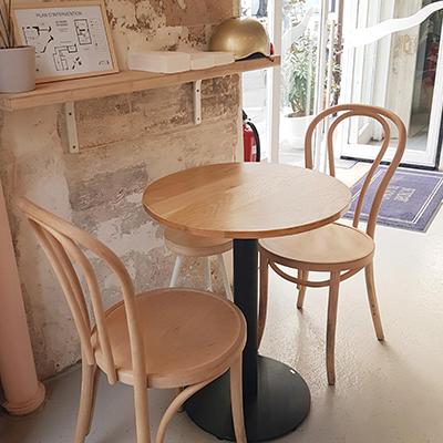 Le mobilier de Sunday in Soho