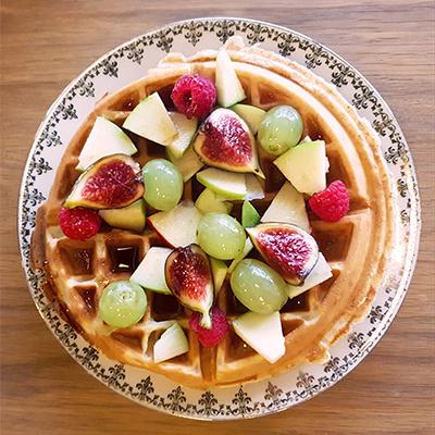 Les gaufres aux fruits et sirop d'érable de Mignon Café
