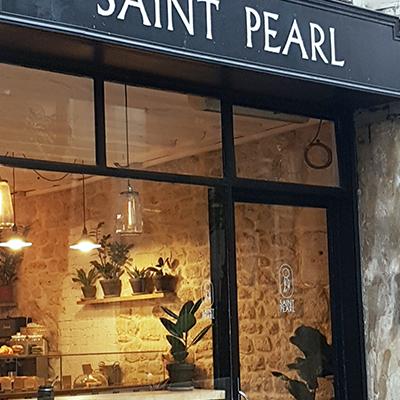 L'extérieur de Saint Pearl