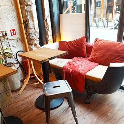 Le canapé baignoire de Lactem Café