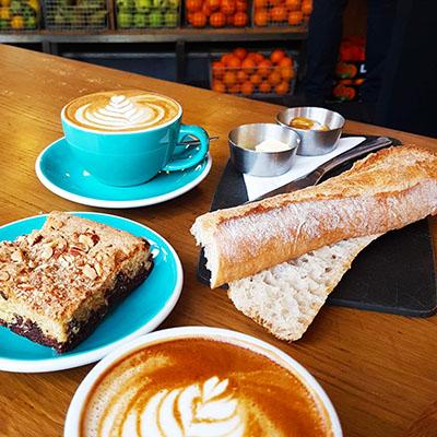 Le petit déjeuner de KB Coffee Shop