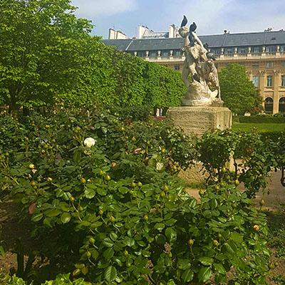 La sculpture du Palais Royal