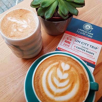 Le cappuccino et chai latte de Kuro