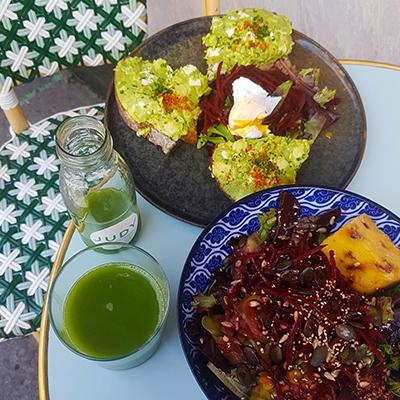 L'avocado toast et buddha bowl de Judy