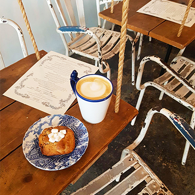 Le s'mores cookie et latte de Maman Greenpoint