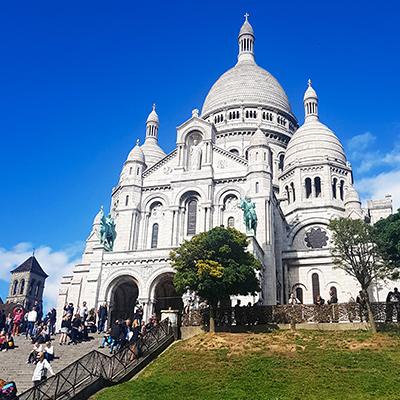 La place Sacré-Coeur de Montmartre