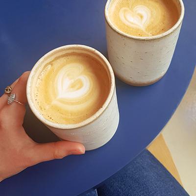 Les deux latte de Echo Deli
