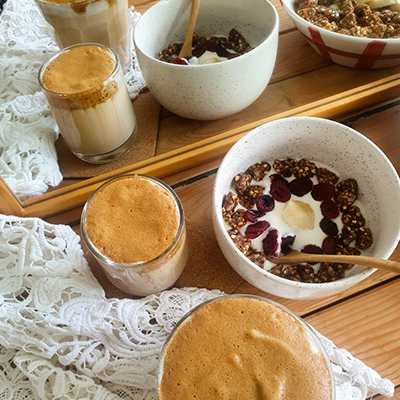 Dalgona Coffee et granola