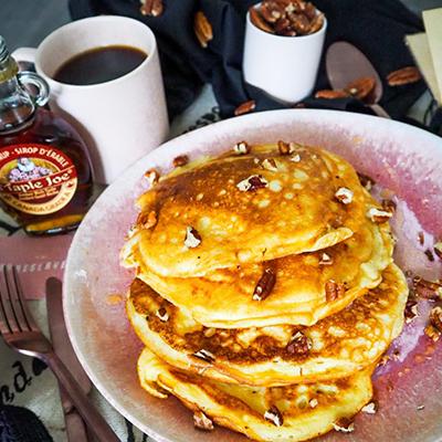 Pancakes au sirop d'érable et noix e pécan